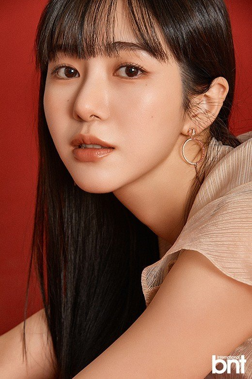 """Kwon Mina shows her self-confidence for """"bnt"""""""